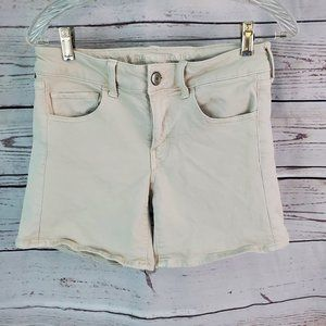 American Eagle Midi Khaki Shorts!  6 Super Stretch